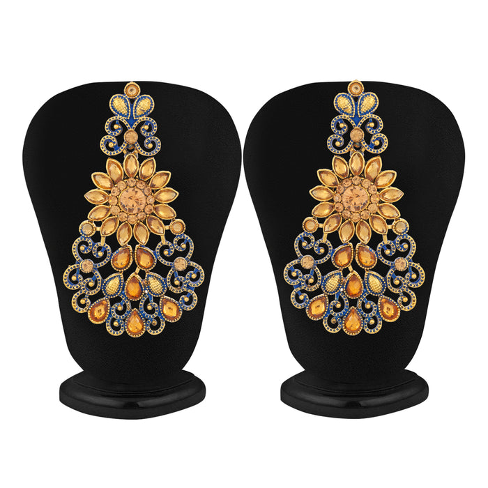 Sukkhi Modern Gold Plated LCT Stone Chandelier Earring & MaangTikka for Women