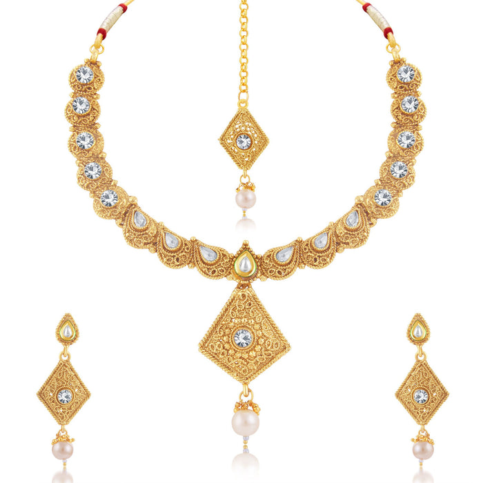 Sukkhi Amazing Gold Plated Choker Necklace Set For Women