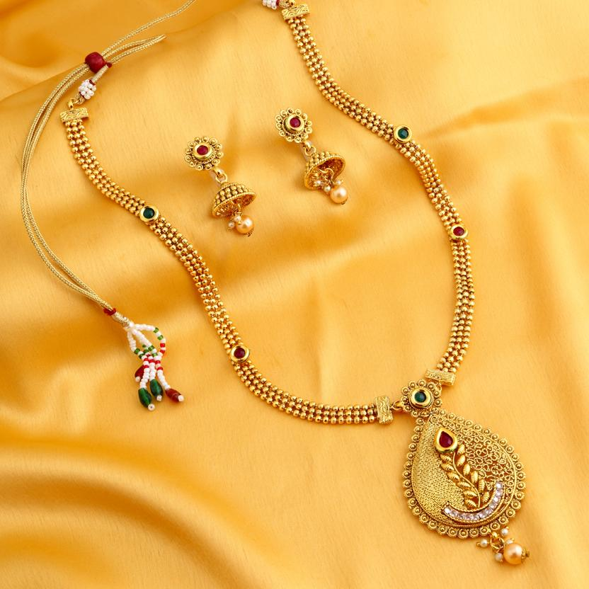 Sukkhi Ethnic Gold Plated Necklace Set for women