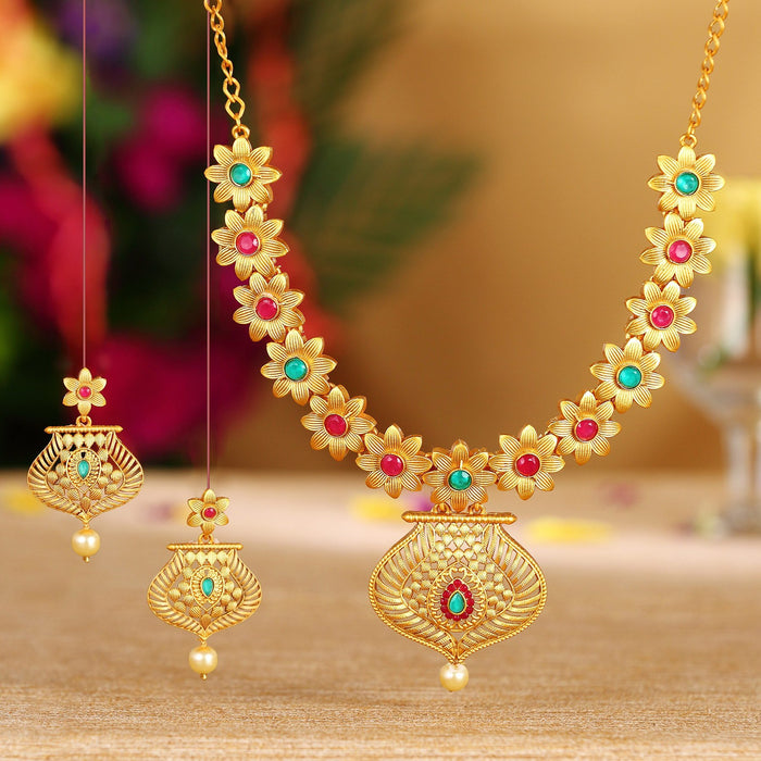 Sukkhi Fashionable Flower Gold Plated Necklace Set For Women