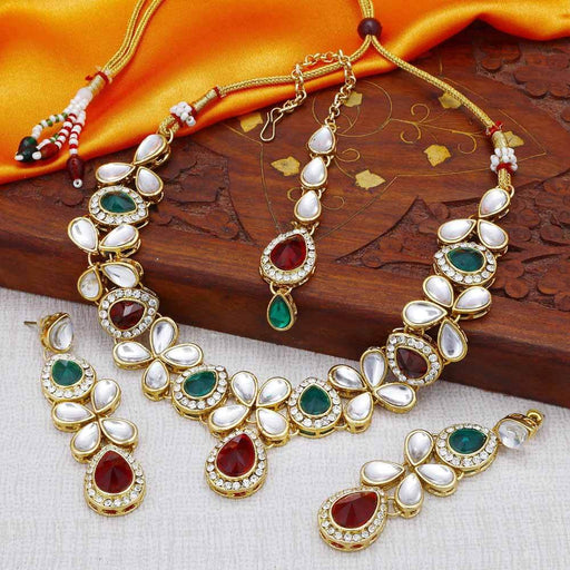 Sukkhi Kundan Astonish Gold Plated Choker Necklace Set for Women
