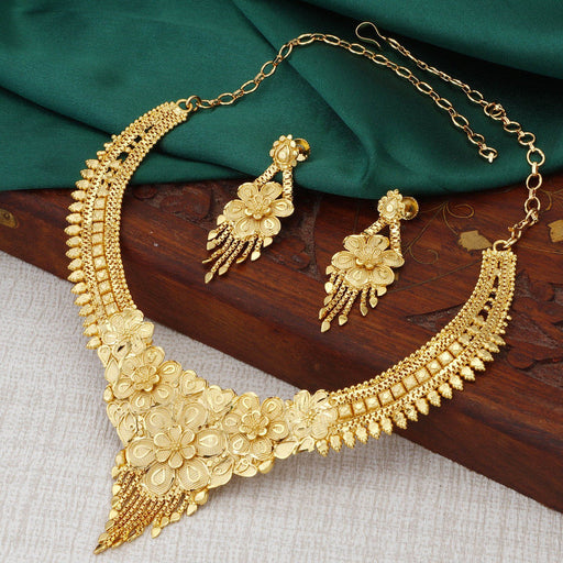 Sukkhi Elegant 24 Carat 1 Gram Gold Jewellery Necklace Set for Women