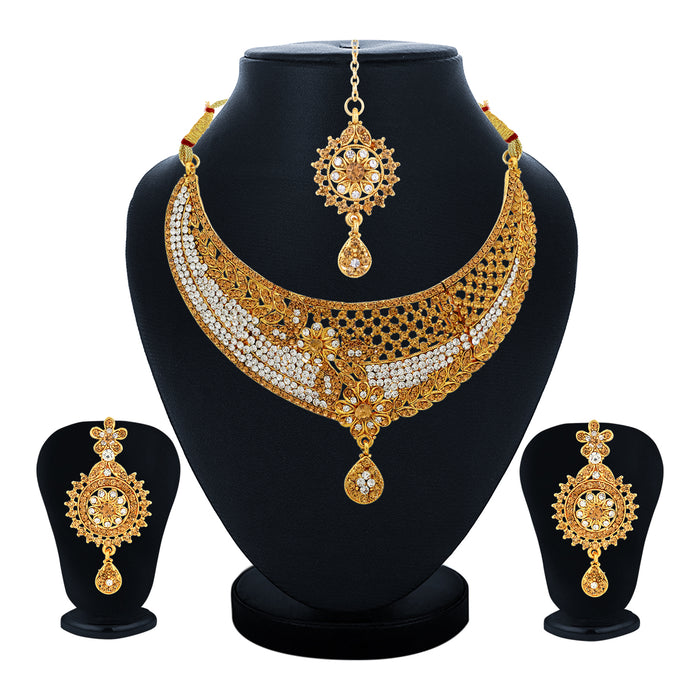 Sukkhi Alluring Choker Gold Plated Necklace Set Set for Women