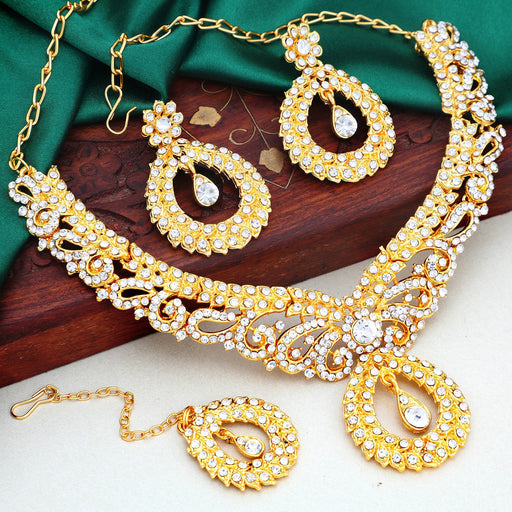 Sukkhi Ravishing Gold Plated Choker Necklace Set For Women