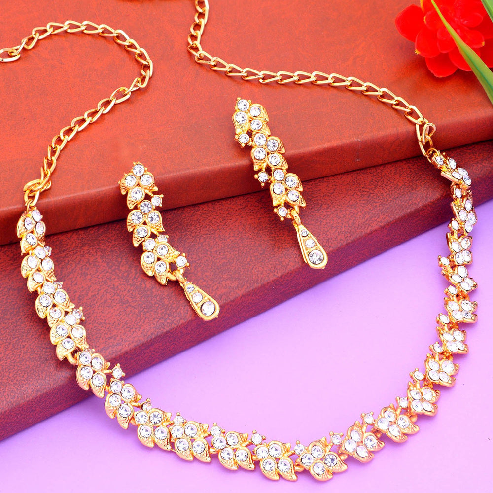 Sukkhi Blossomy Gold Plated Collar Necklace Set For Women