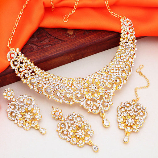Sukkhi Eye-Catching Gold Plated Floral Choker Necklace Set For Women