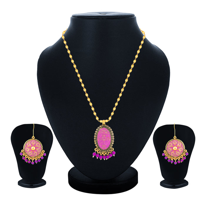 Sukkhi Excellent Collar Gold Plated Necklace Set Set for Women