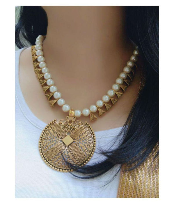 Sukkhi Marvelous Gold Plated Pearl Necklace Set For Women