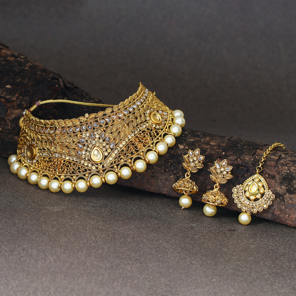 Sukkhi Sleek Gold Plated Kundan and Pearl Choker Necklace Set for Women