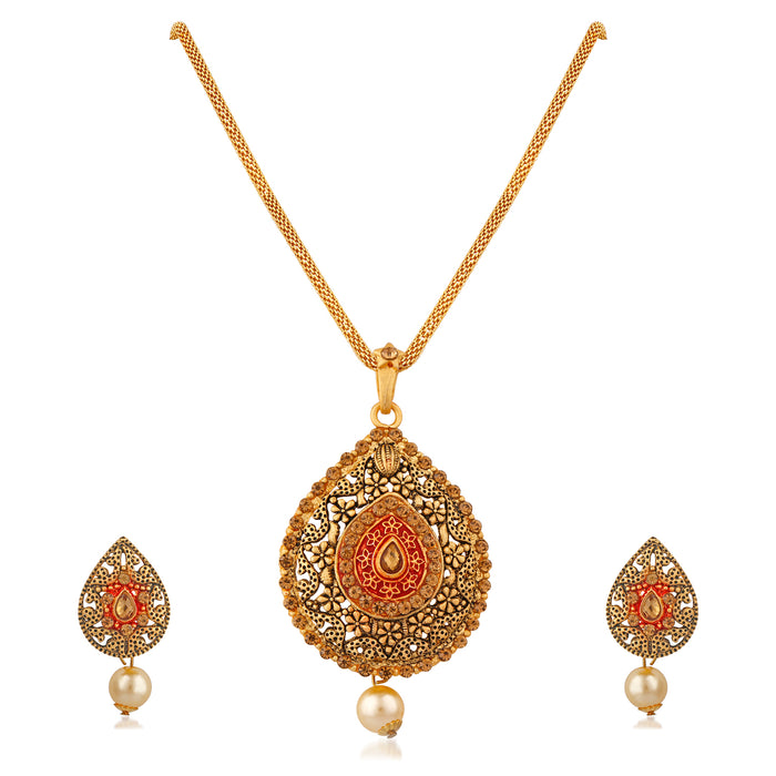 Trushi Stylish Designer Gold Plated Pendent Set For Women