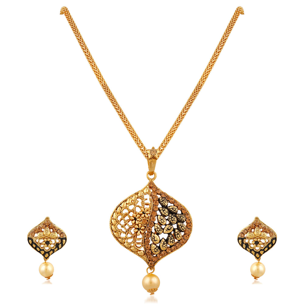 Trushi Classic Designer Gold Plated Pendant Set With Pearls And Lct For Women