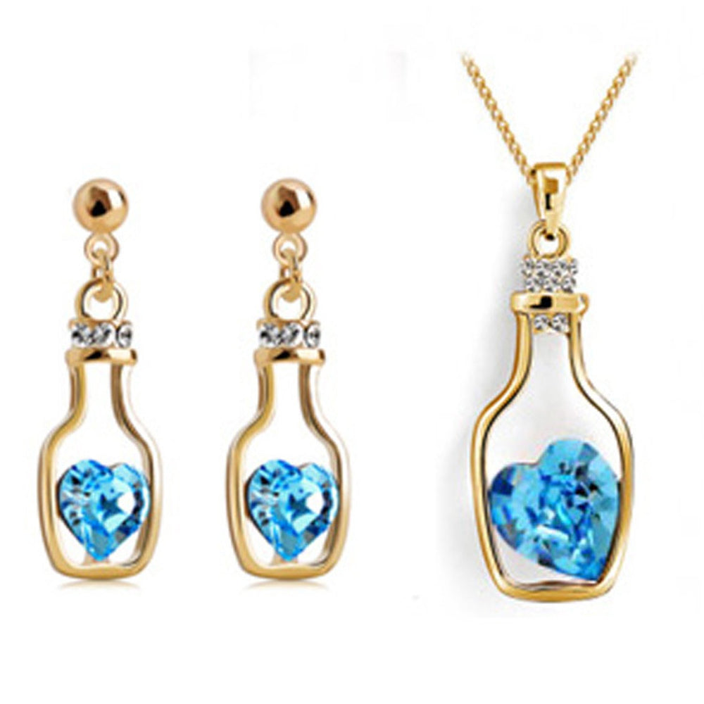 Sukkhi Adorable Valentine Heart in Bottle Crystal Gold Plated Pendant Set for Women