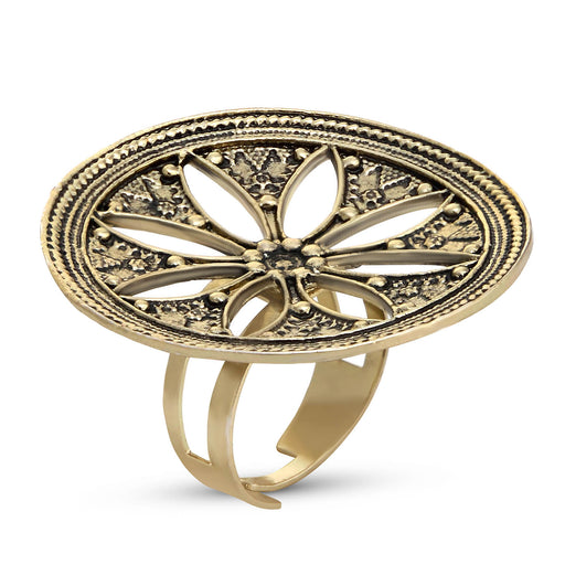 Sukkhi Fashionable Gold Plated Floral Cocktail Ring For Women