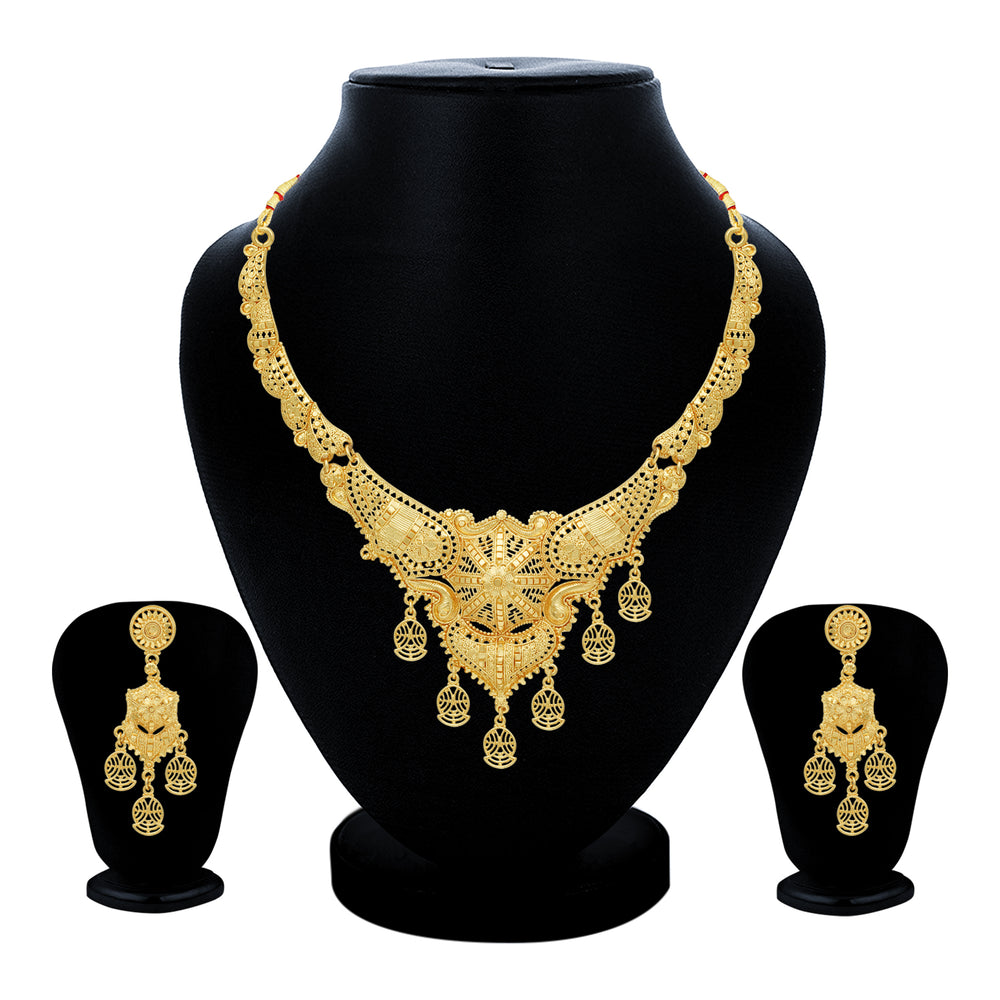 Sukkhi Adorable 24 Carat Gold Plated Choker Necklace Set for Women