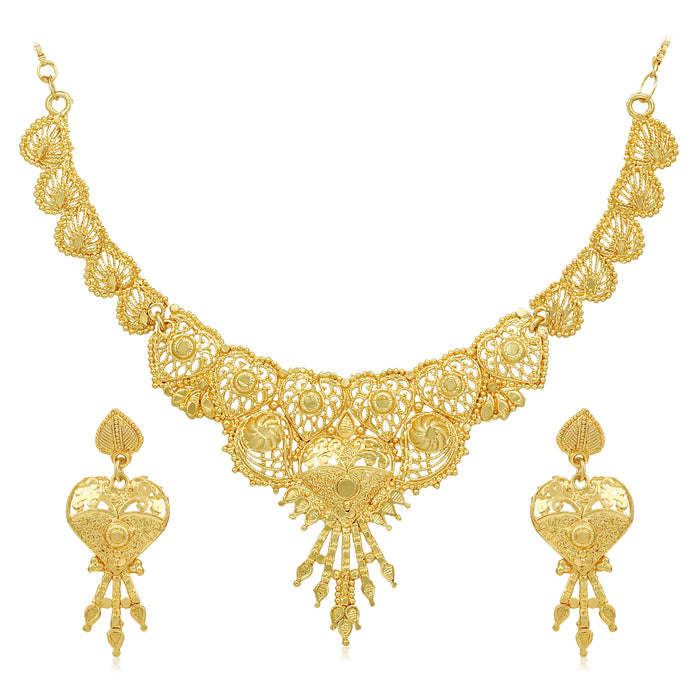 Sukkhi Glossy 24 Carat Gold Plated Choker Necklace Set for Women