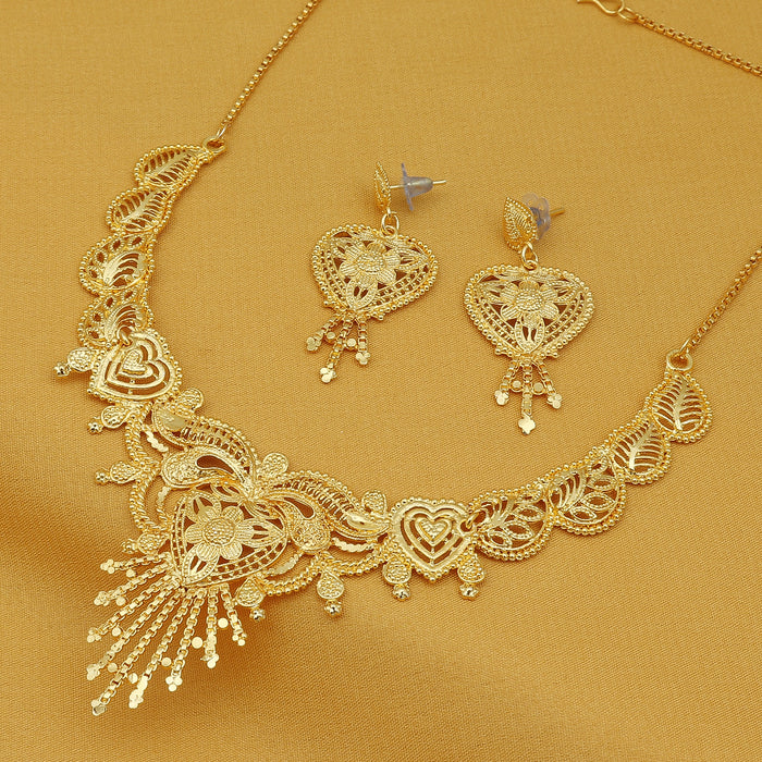 Sukkhi Modish 24 Carat Gold Plated Choker Necklace Set for Women