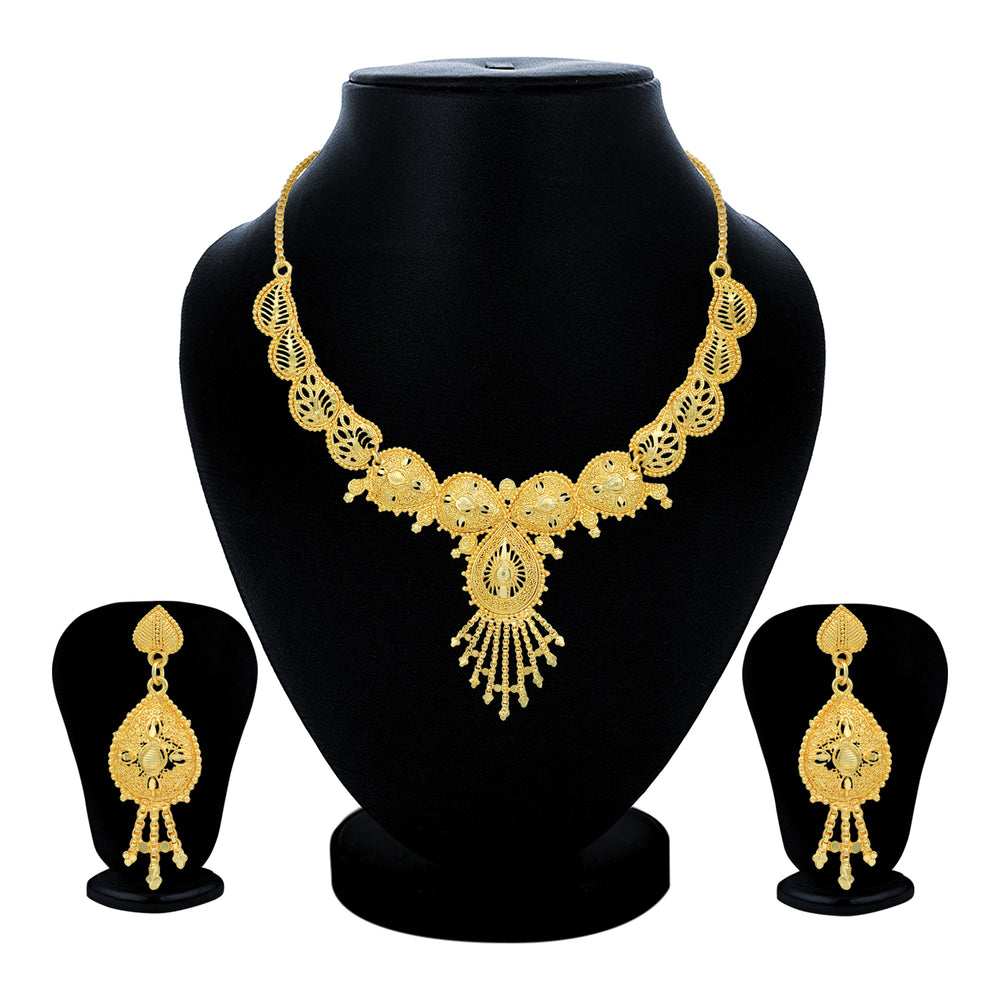 Sukkhi Fabulous 24 Carat Gold Plated Choker Necklace Set for Women