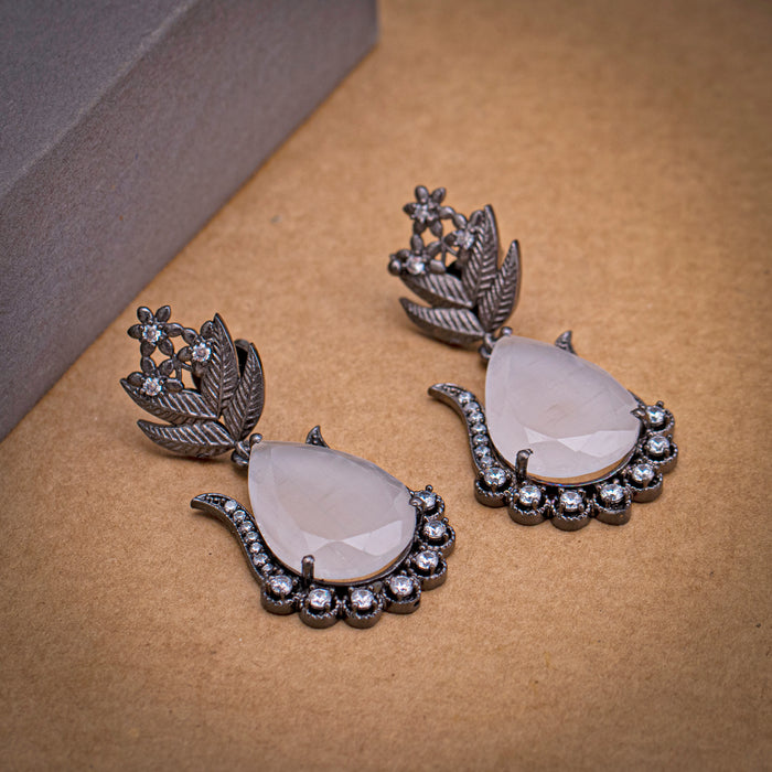 Sukkhi Leaf Oxidised Drop Earring for Women