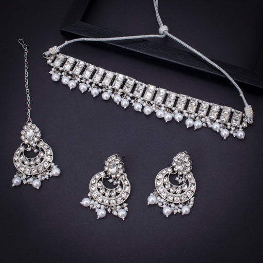 Sukkhi Dazzling Rhodium Plated Necklace Set With Maangtikka for Women