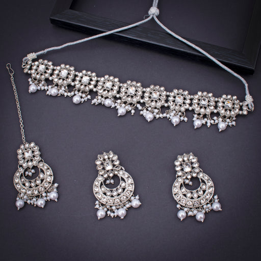 Sukkhi Astonish Rhodium Plated Necklace Set With Maangtikka for Women