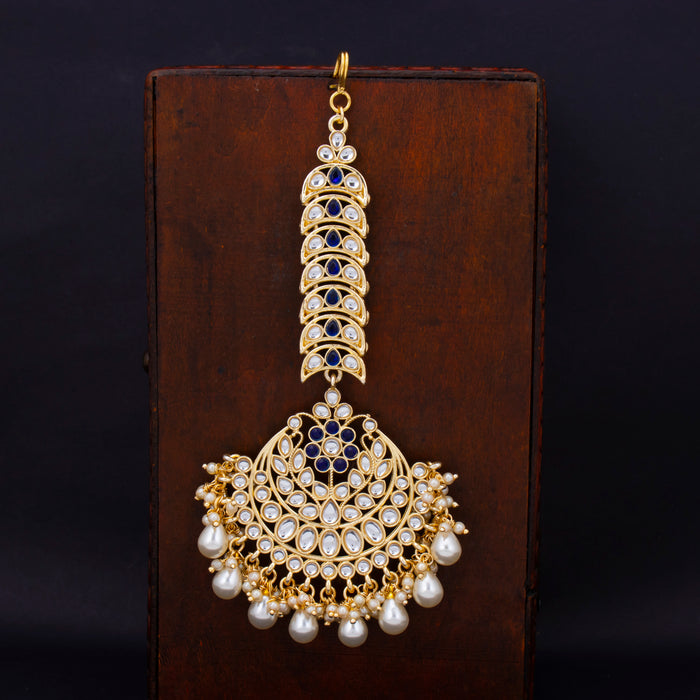 Sukkhi Graceful Gold Plated Kundan & Pearl Mangtikka For Women