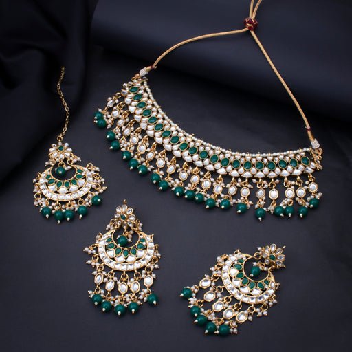 Sukkhi Stunning Gold Plated Choker Kundan Pearl Necklace Set with Maangtikka for Women