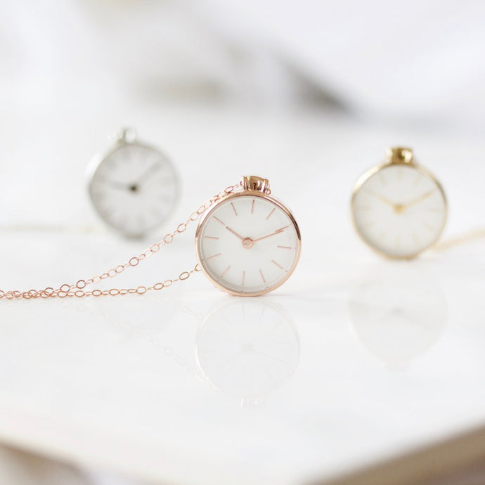 THE TIME NECKLACE | Choose from 3 colors