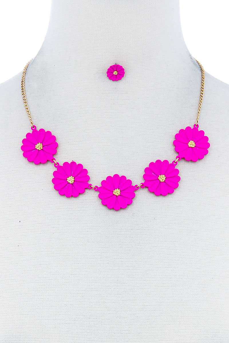 Ane Flower Necklace And Earring Set - Creole Couture Boutique