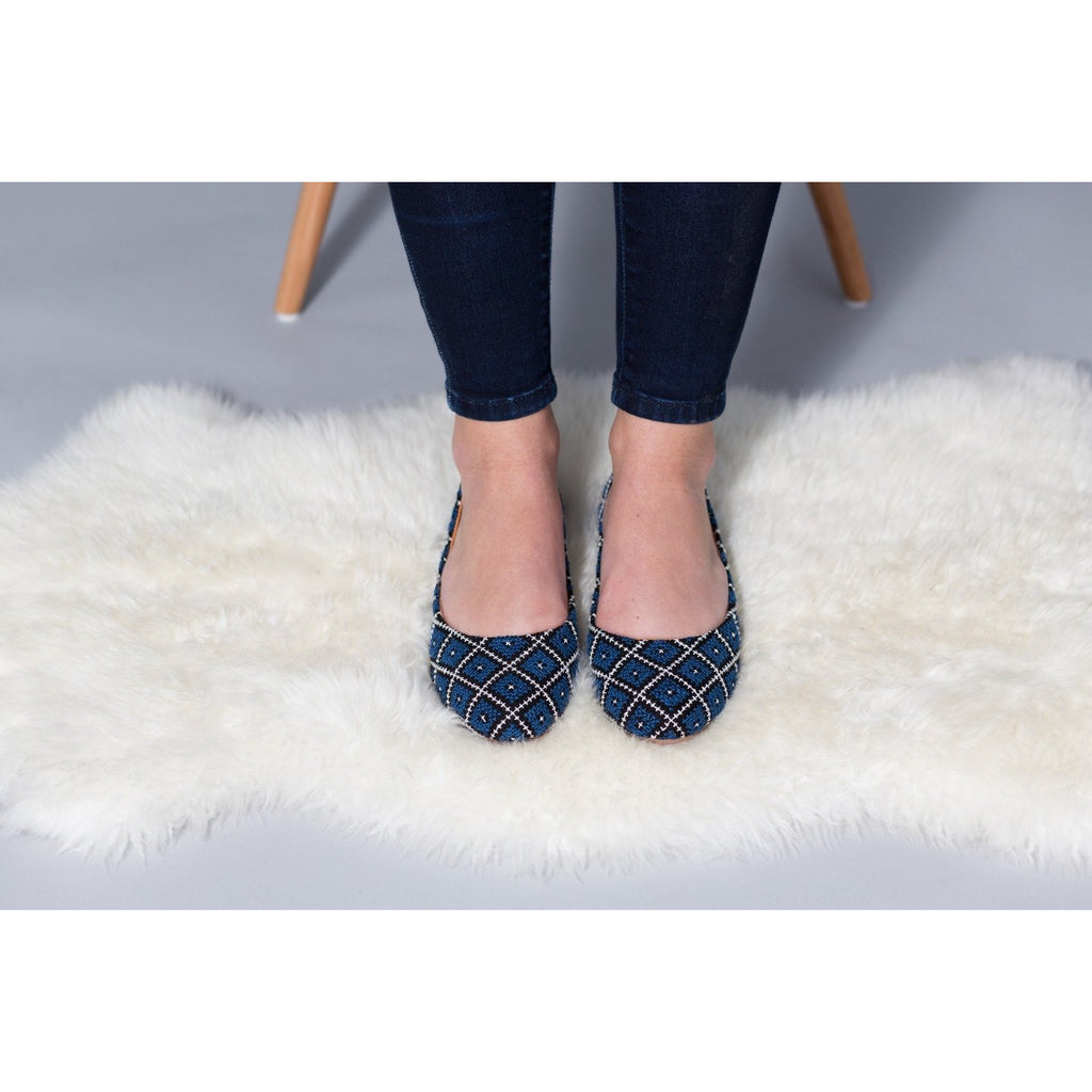 The Tatreez Flat in Blue