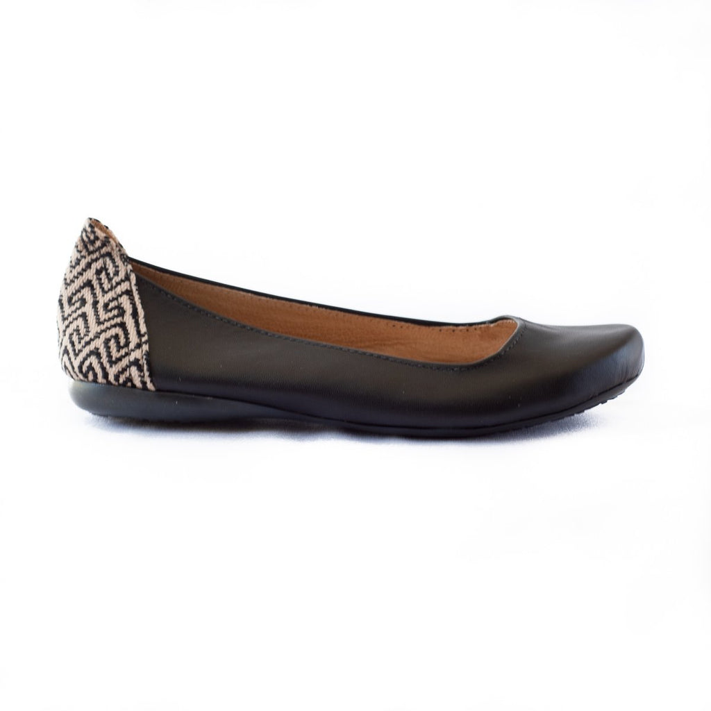 Gaby Flat in Noir Leather {pre order}