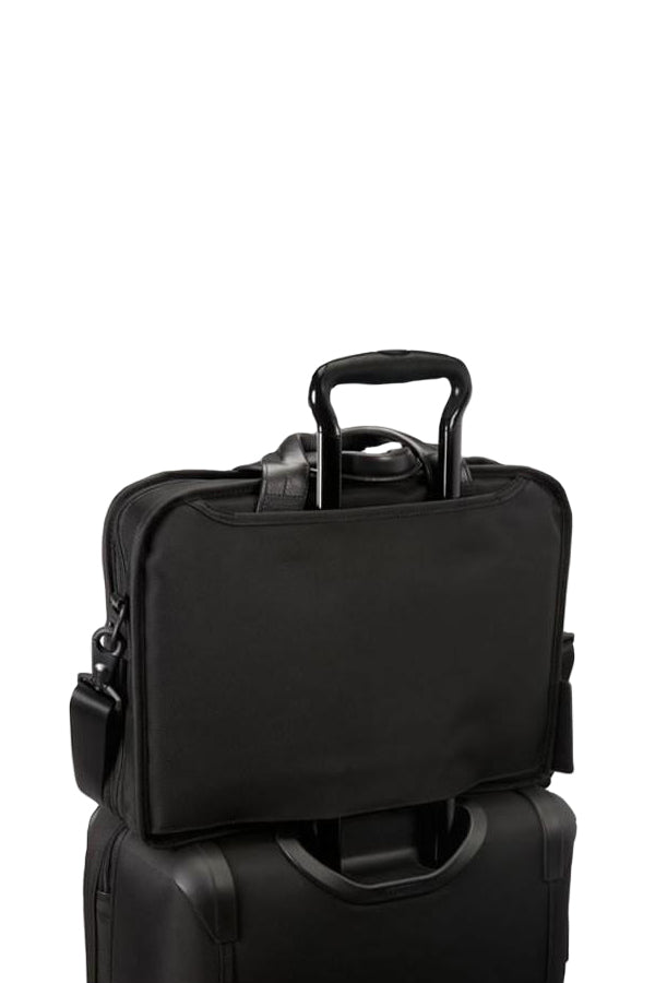TUMI Alpha 2 T-Pass™ Medium Screen Laptop Slim Brief