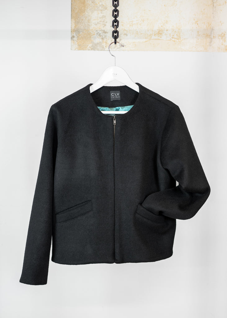 Brooklyn Bomber Jacket Short Black - Corvera Vargas berlin conscious fashion brand. Brooklyn Bomber Jacket Short Black for women.