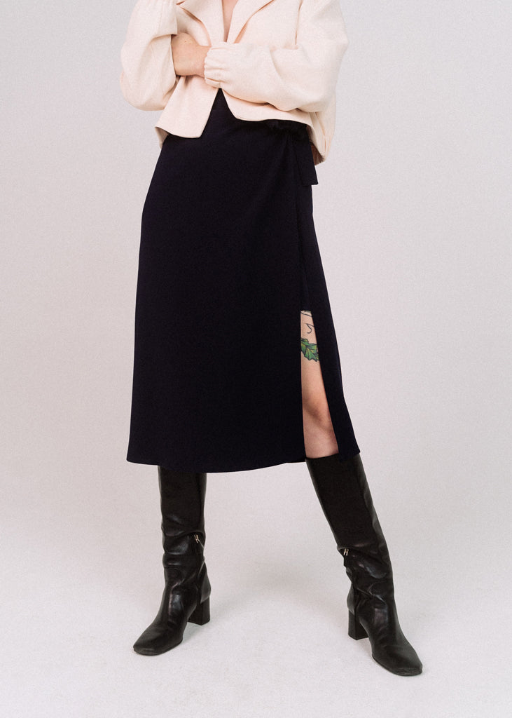 Penelope Wrap Skirt Navy - Corvera Vargas berlin conscious fashion brand. Penelope Wrap Skirt Navy for women.