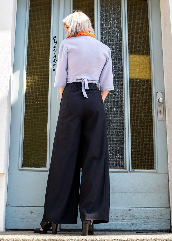 Rouwina Pants Black Navy Wool - Corvera Vargas berlin conscious fashion brand. Rouwina Pants Black Navy Wool for women.
