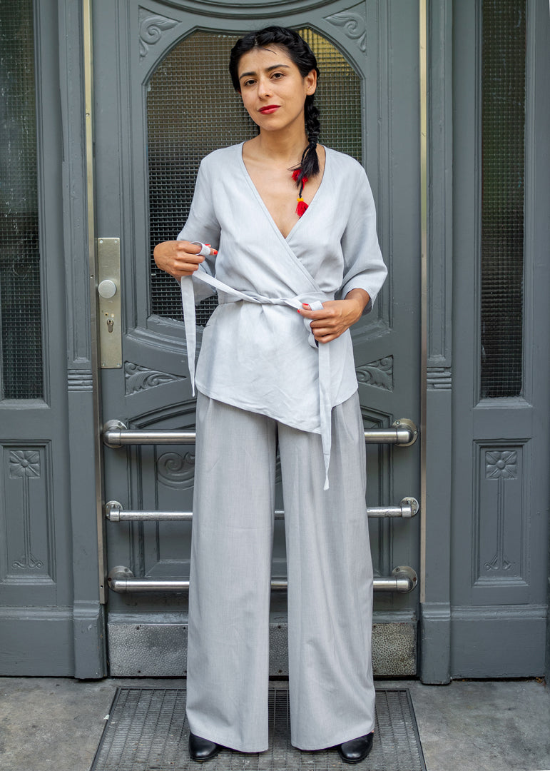 Sandra Shirt Grey Linen - Corvera Vargas berlin conscious fashion brand. Sandra Shirt for women.