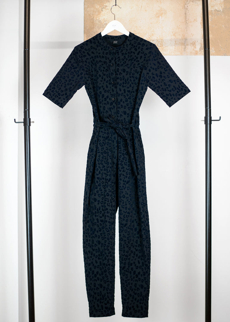Tanger Jumpsuit Leopard Navy - Corvera Vargas berlin conscious fashion brand. Tanger Jumpsuit Leopard Navy for women.