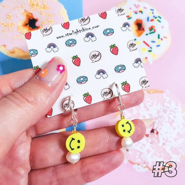 Happy Face Earrings Starlight