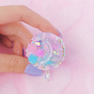 Crescent rhinestone phone grip