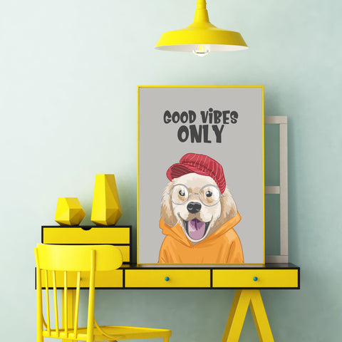 Poster print with a cute Labrador with hat and eyeglasses, and the quote 'Good vibes only', on grey background - framed