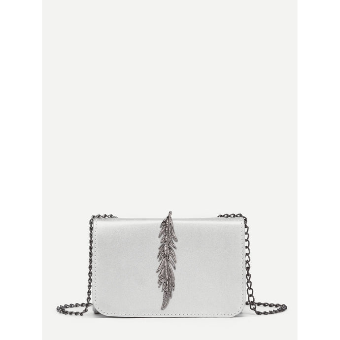 Metal Leaf Design Chain Crossbody Bag