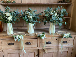 Bride & Bridesmaid Bouquets and hand held hoops