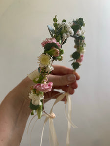 Flower girl / bridesmaid flower crown