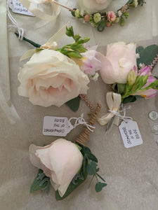 Floral crowns to corsages and buttonholes