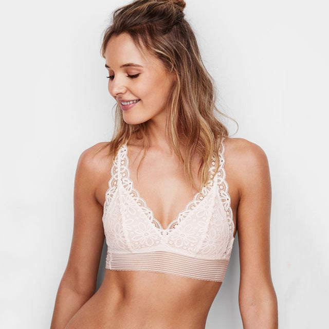 Super Soft, Super Comfy Wireless Bra - Choose from White or Black - My Chronic Style