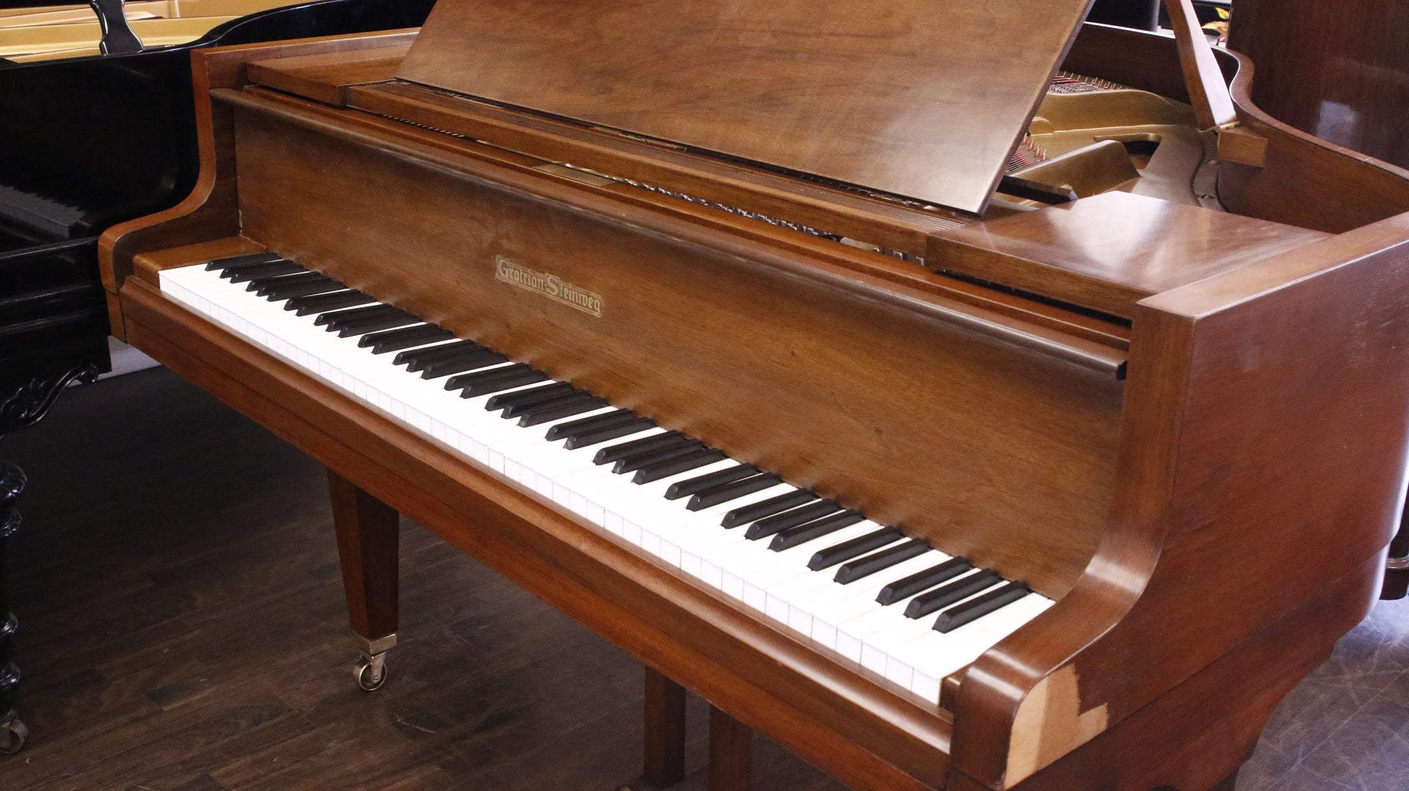 Pre-Owned Grotrian Steinmeg 140 Grand Piano