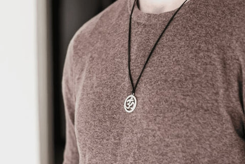 Sweater and Necklace man men