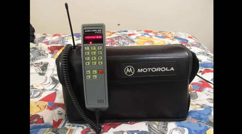 cell phone in the 90s mobile phone