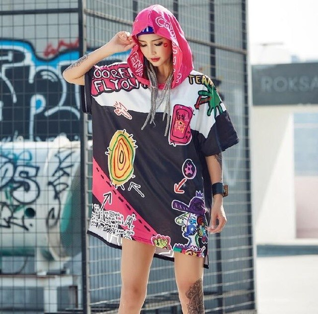 Hooded Woman Top - New Retro Streetwear Newretro.Net