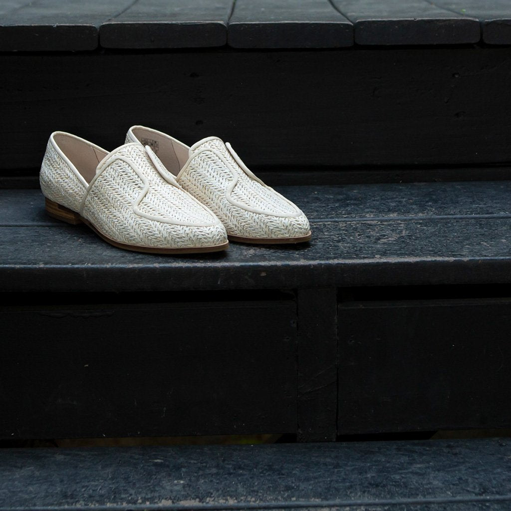 Stanton Natural Oxford by Kelsi Dagger BK
