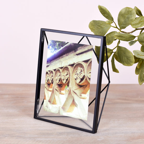 geometrical picture frame